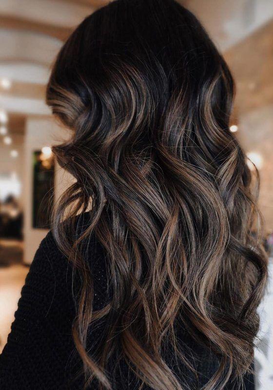 mechas pelo castaño