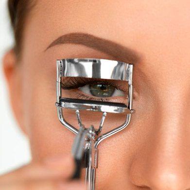 Maquillaje y Mascara de Pestañas Moure (6)